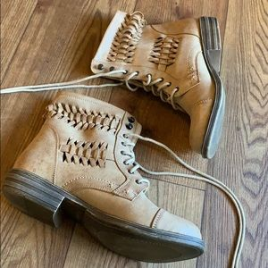 Weaved braided combat style boots.